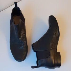 Cole Haan black faux snakeskin flats-sz 7 1/2 B
